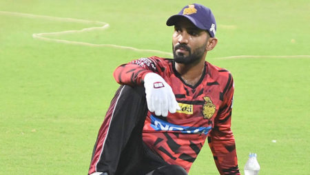 Dinesh Karthik issued show-cause notice for attending Caribbean Premier League game