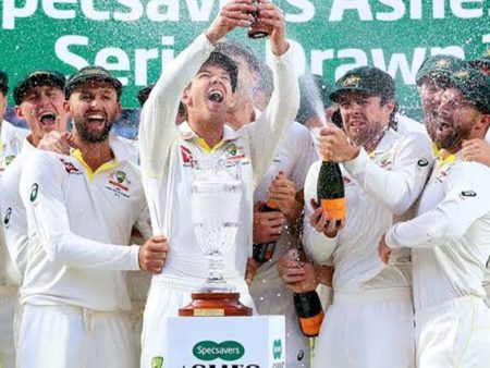 Social Buzz: Aussies Retain the Ashes England win the Oval