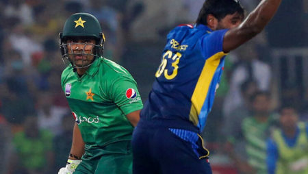 Umar Akmal Trolled after registering second consecutive golden duck vs Sri Lanka