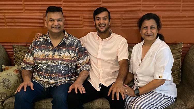 Mayank Agarwal Family