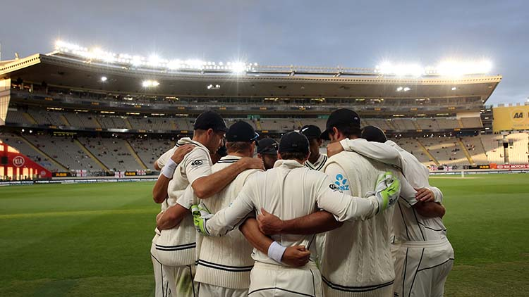 2015 – First Australia vs New Zealand Day-Night Test Match