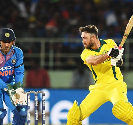 Top 5 Batsmen who can hit a yorker for a six!