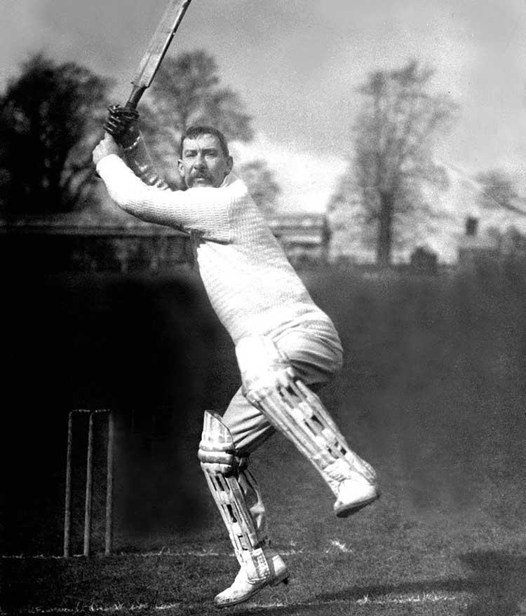 10 Longest sixes in Cricket History!  -10 Longest sixes in Cricket History! Albert Trott (England and Australia)