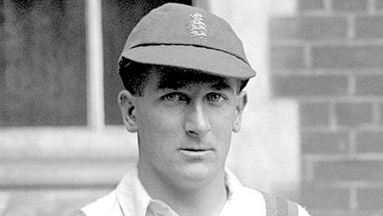 Wally Hammond (England) – 7 double centuries in Test
