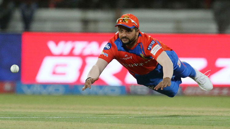 Suresh Raina grabbed a gem at slips in IPL 2016