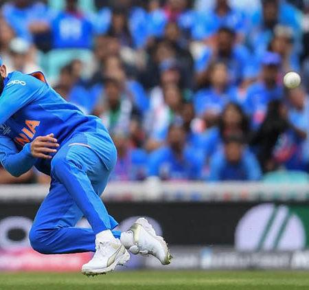 Top 10 Best Fielders in the World of Cricket