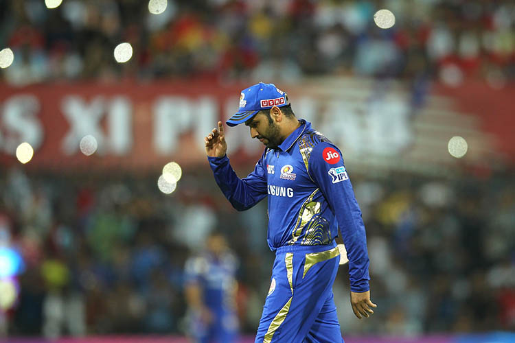 Top 10 Cricketer with most catches in IPL History