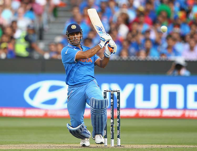 Dhoni's 113* off 125 Balls in an India Vs Pakistan Match