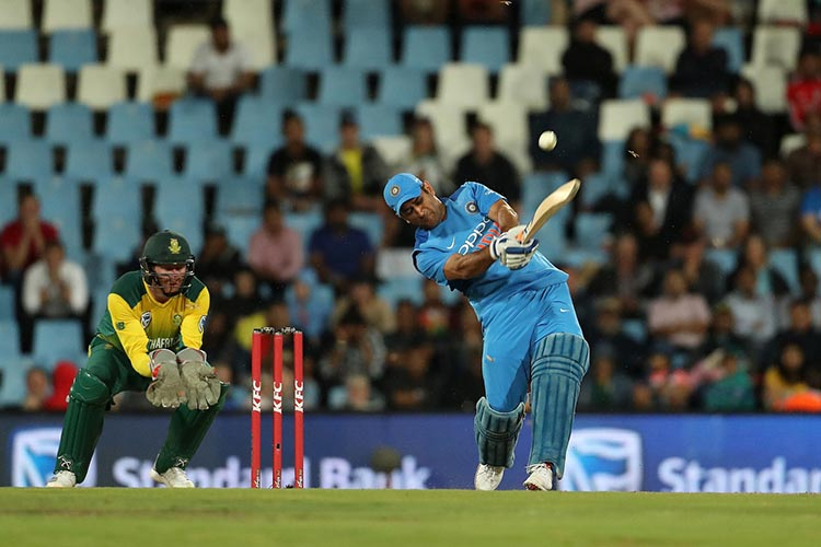 MSD's 52 off 28 Balls in an India Vs South Africa Match