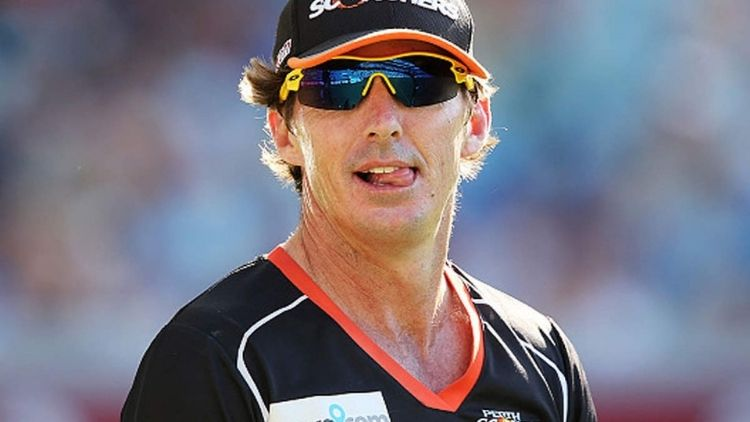 Brad Hogg looks positive about Rayudu's return to Team Indian