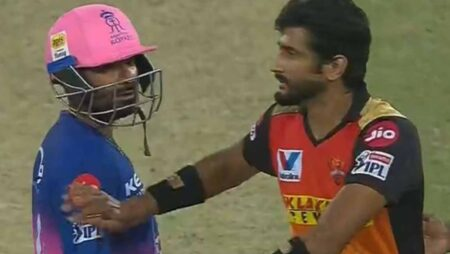 IPL 2020: Rahul Tewatia loses His Control In a Heated Exchange With Khaleel Ahmed