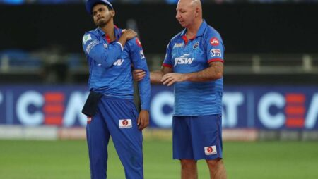 IPL 2020: Shikhar Dhawan Gives a Big Update Over Shreyas Iyer's Injury