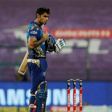 IPL 2020: Suryakumar Yadav Showed Virat Kohli He Isn't Inferior To Anyone: Virender Sehwag