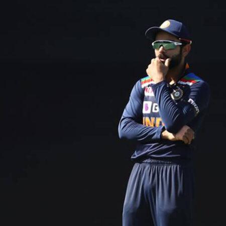 """India Is Fielding Like Pakistan,""- Fans Troll Team India For Poor Fielding, Australia Post Mammoth Total Of 374 Runs"