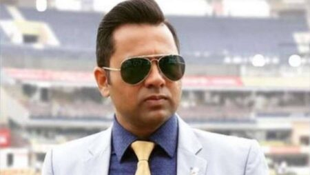 'How Many Catches,'- Aakash Chopra Takes A Sly Dig On Team India's Fielding In 1st Test